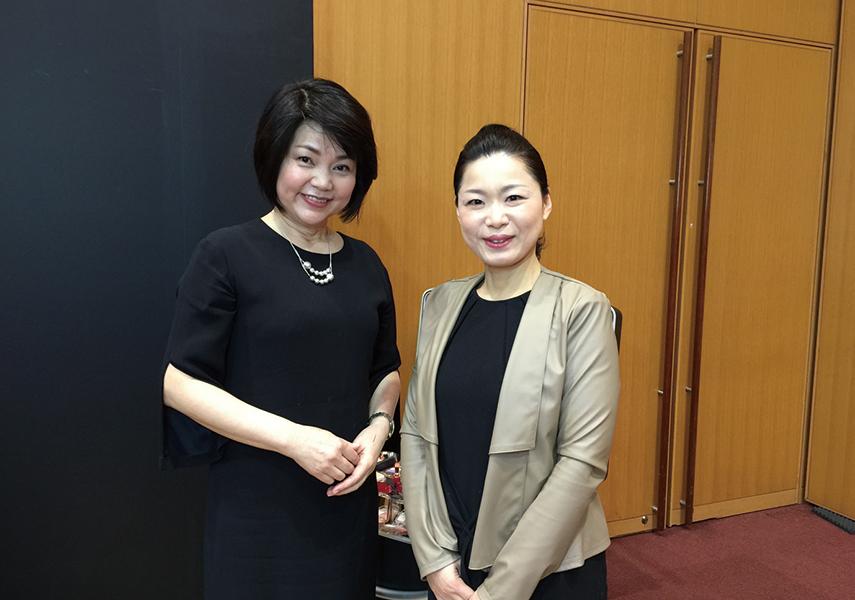 資生堂の津田さんとラ・シゴーニュ永山編集長。